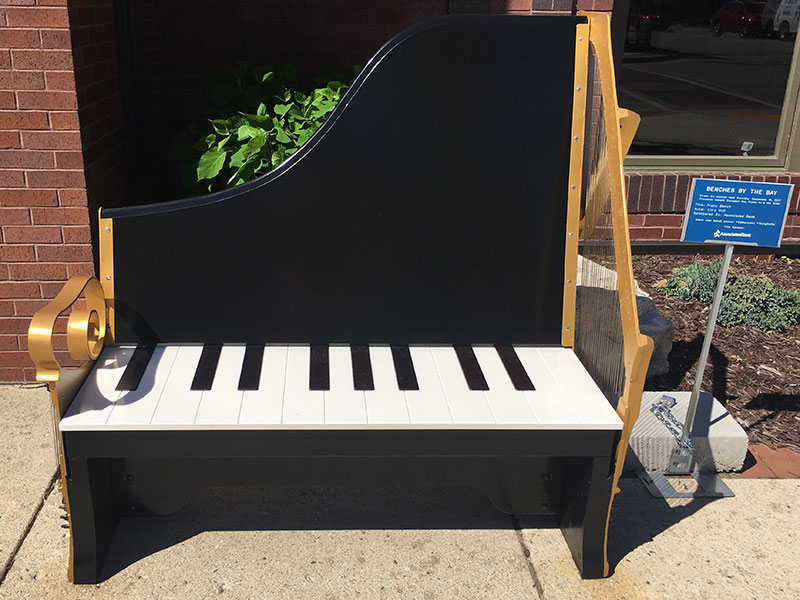 Bench designed to look like a grand piano, in Sturgeon Bay, Door County.
